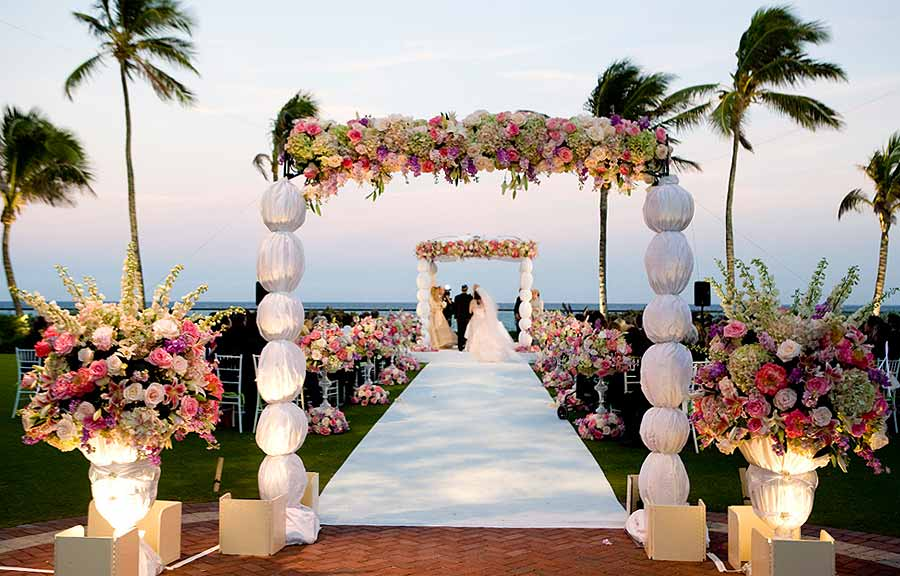 Wedding-Ceremony-at-breakers-palm-beach