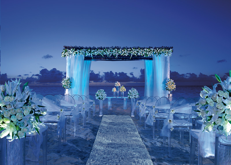 the best places to go for your honeymoon or destination wedding wedding ceremony night picture