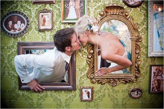 wedding-wall-photo-booth-frames-with
