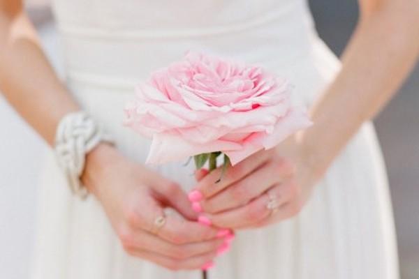 Unhas de noiva | francesinha, rosé ou vermelha?