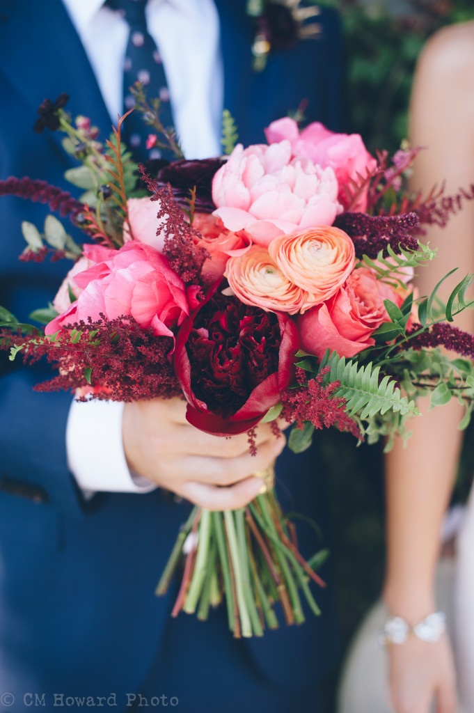 Bold + Bright Bridal Bouquets | PreOwnedWeddingDresses.com