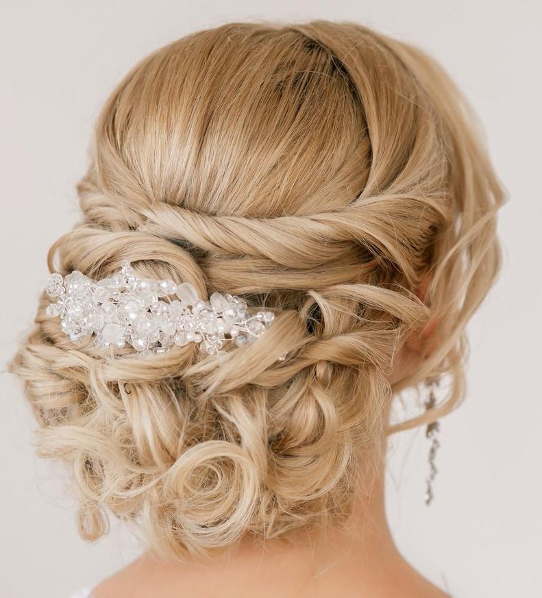 penteados-versáteis-para-noivas 10
