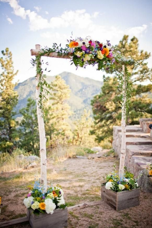rustic-outdoor-wedding-arches