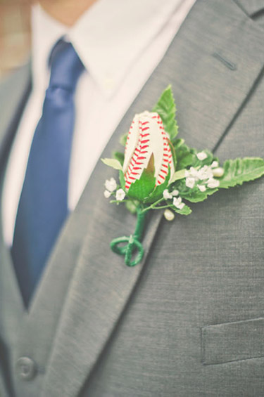 baseball-rose-boutonniere1