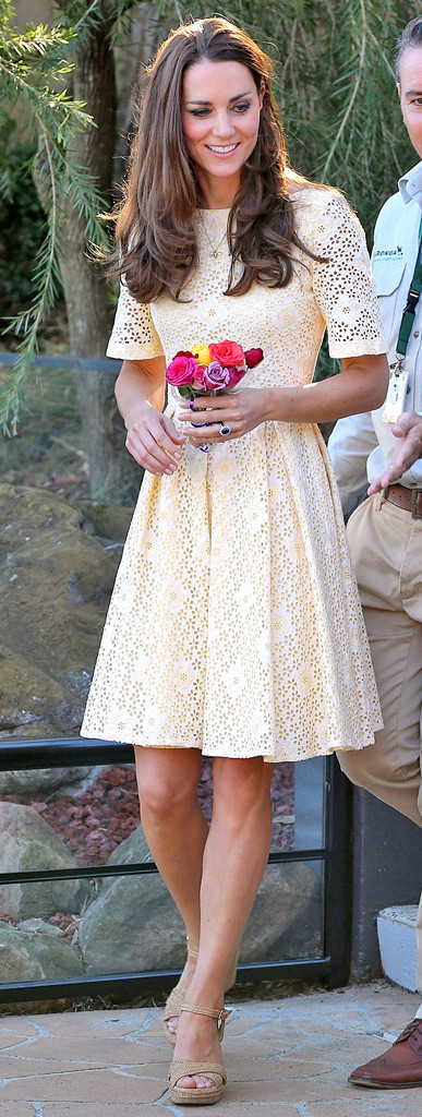 rs_387x1024-140425115211-634.kate-middleton-light-yellow-outfit-042514