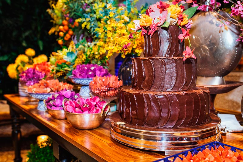 Bolo de casamento com chocolate