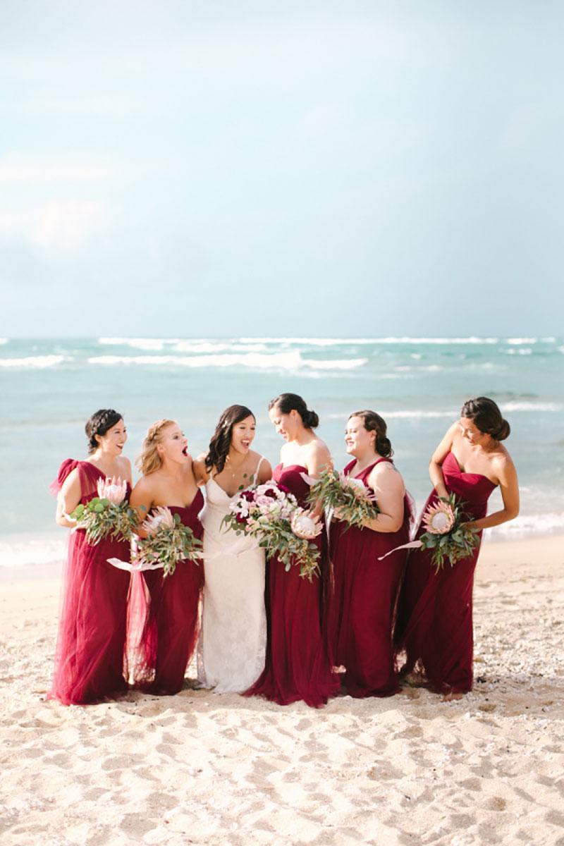 Madrinhas de casamento na praia