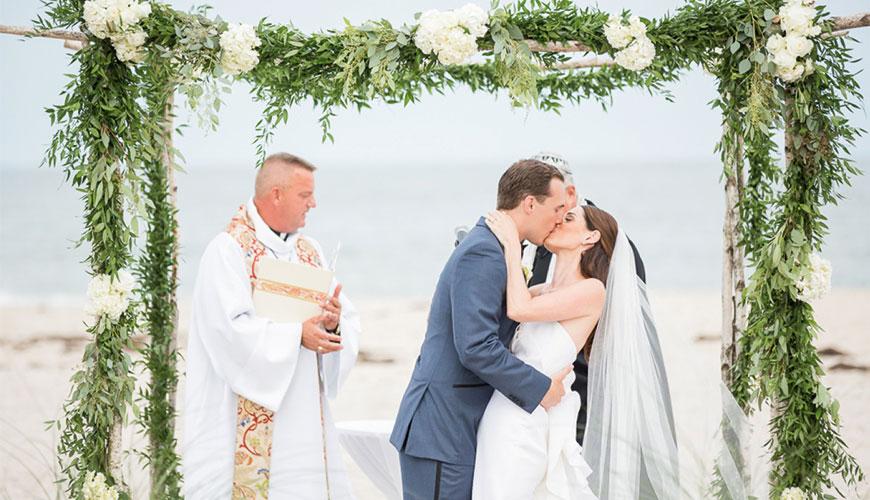 6 Dicas Imperdíveis para realizar um casamento na praia