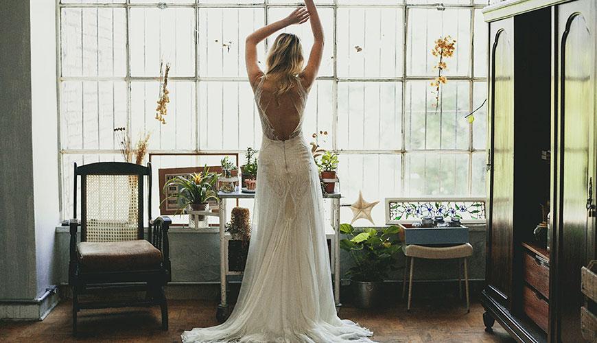 5 modelos de vestido de noiva para casamento na praia