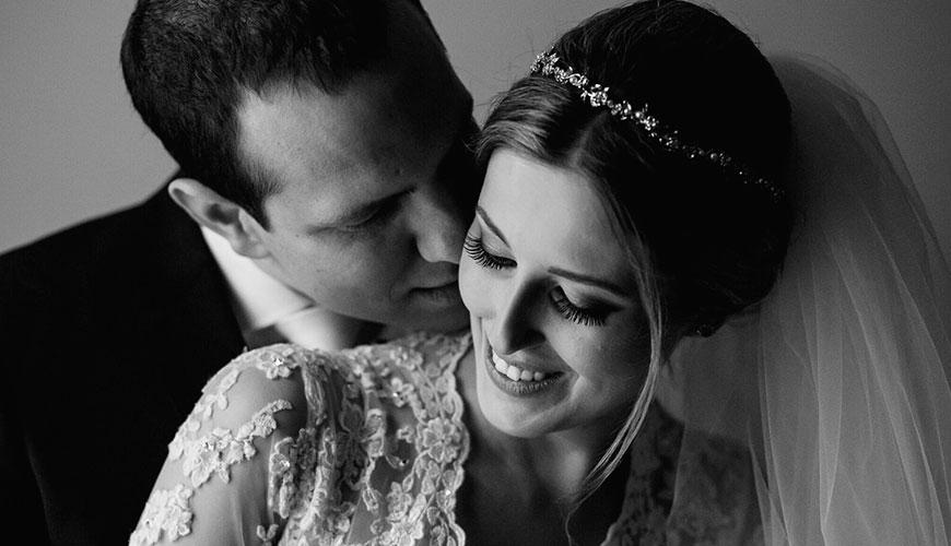 Casamento Caroline e Tadeu: decoração rústica e aconchegante