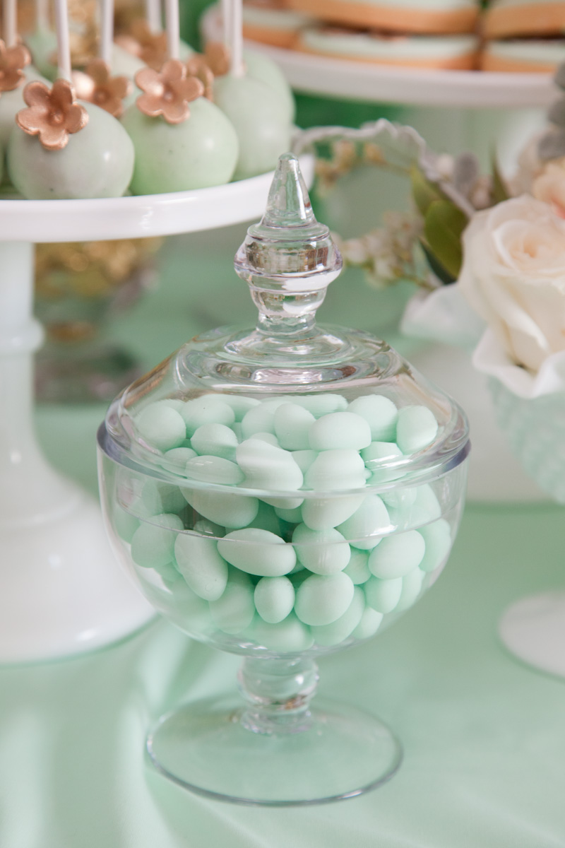 mint-candy-dish