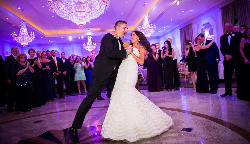 Banda ou DJ, o que contratar para o casamento?