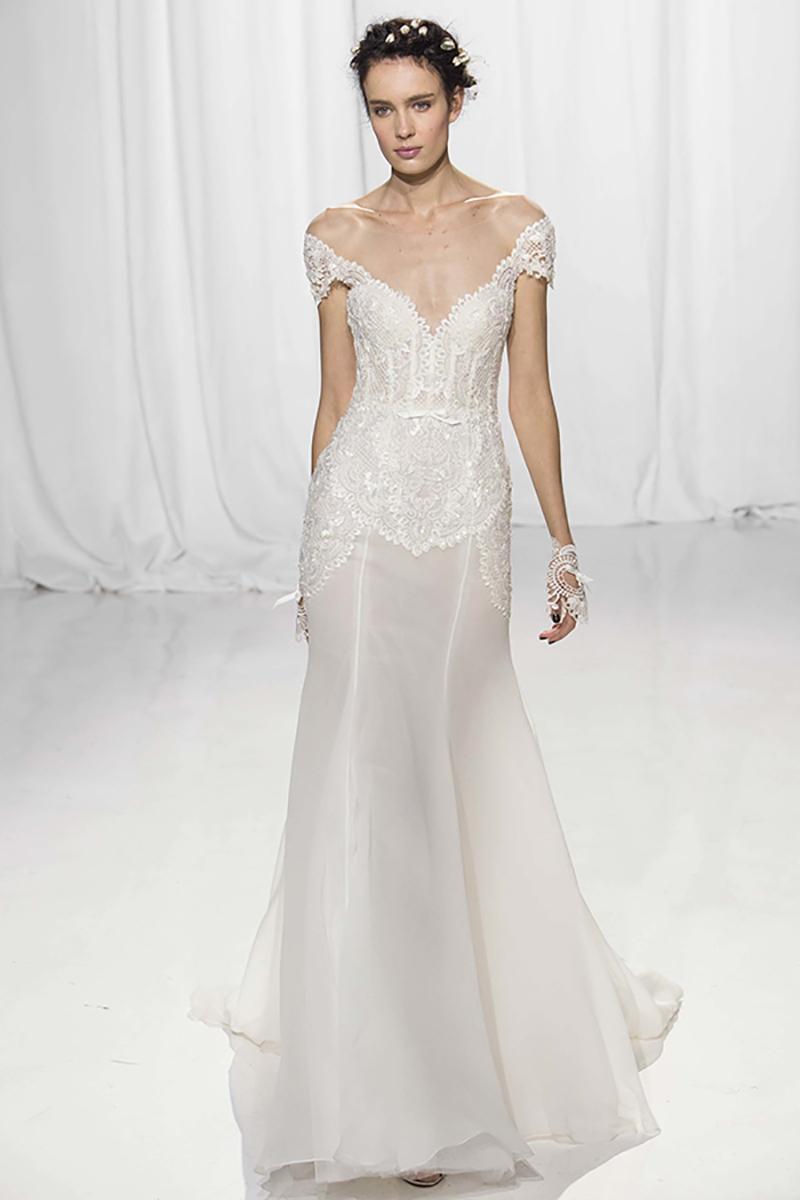 vestido de noiva evasê com manga bateau