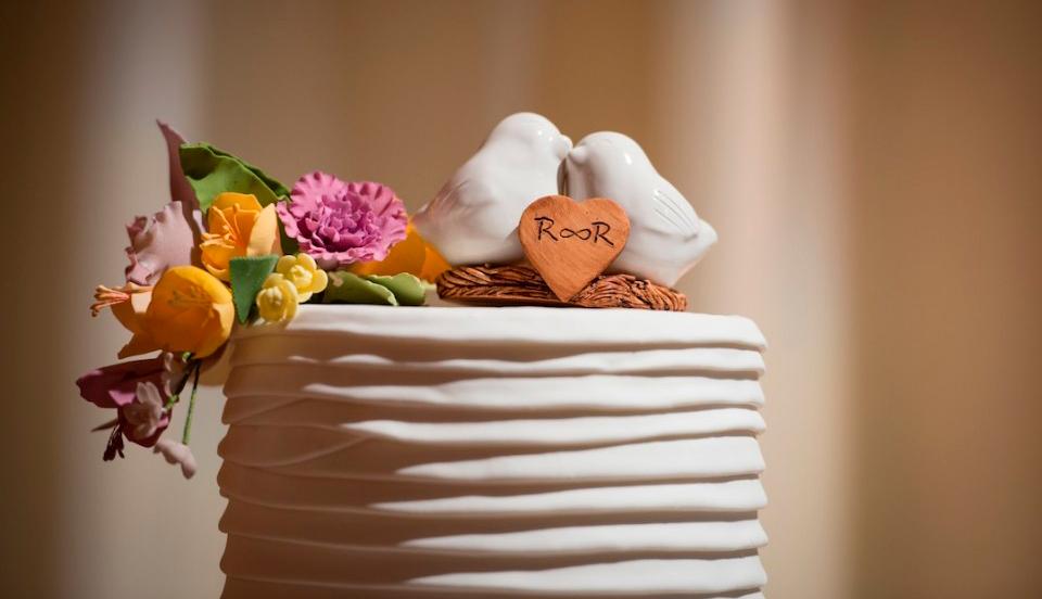 Dicas para escolher o topo de bolo para o casamento