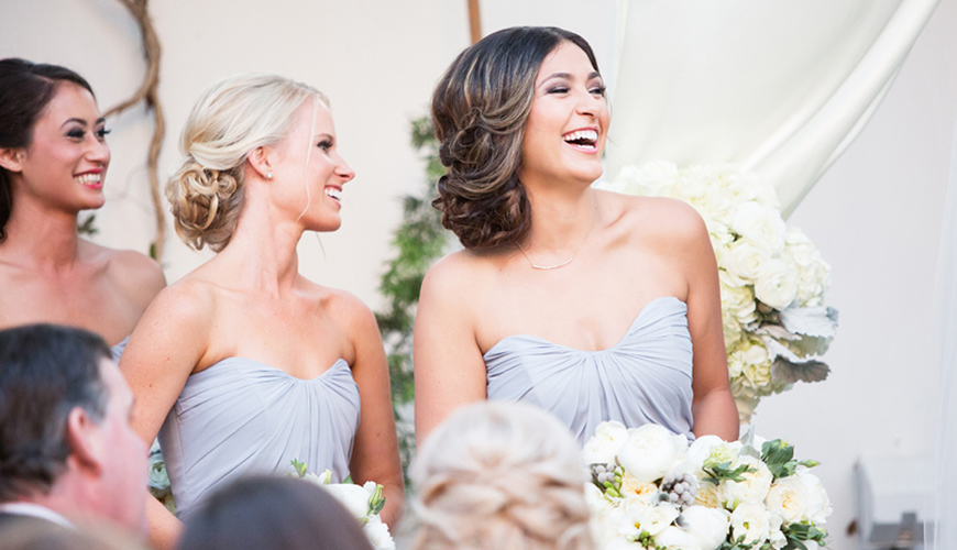 7 dicas de especialistas para escolher o penteado ideal para madrinhas de casamento