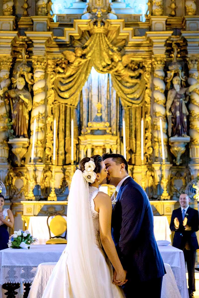 primeiro beijo noivos
