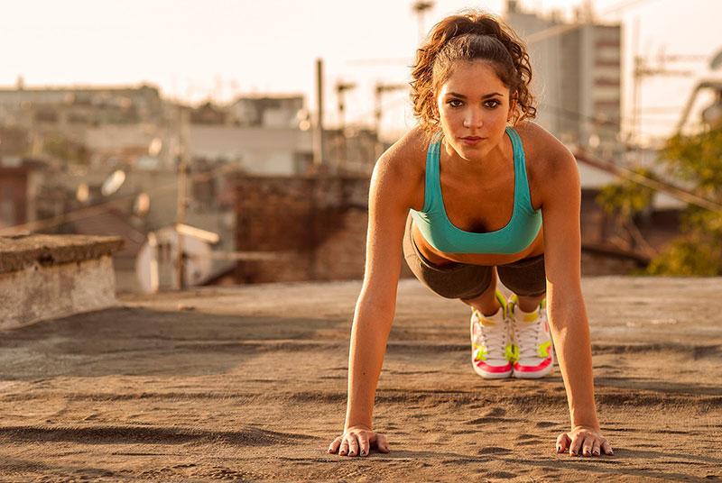 exercícios diários para manter a saúde