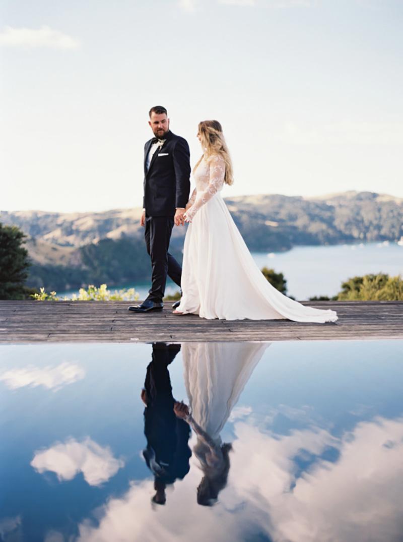 noivo e noiva no casamento