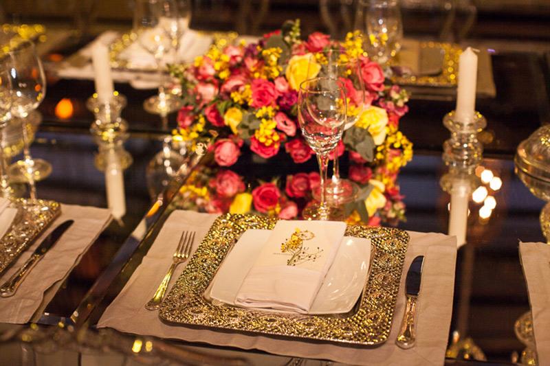 decoração de casamento com velas e flores Madame Fiori