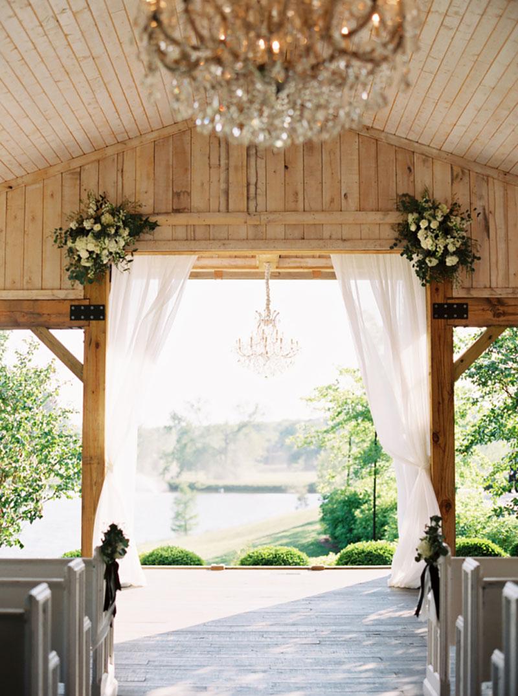 decoração de casamento rústico em preto e branco