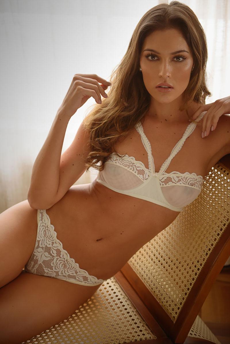 lingerie branca para o casamento Carol Coelho