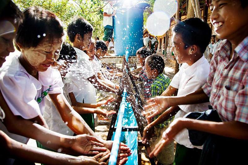 população de Bali, Indonésia TM Travel