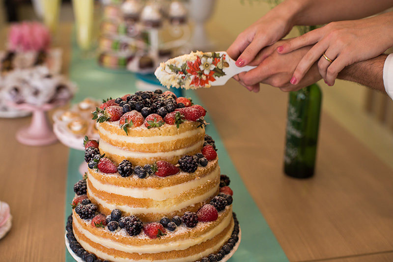 naked cake frutas vermelhas para mini wedding
