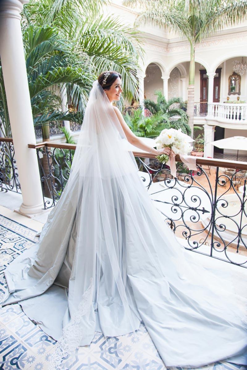 vestido de noiva azul pastel