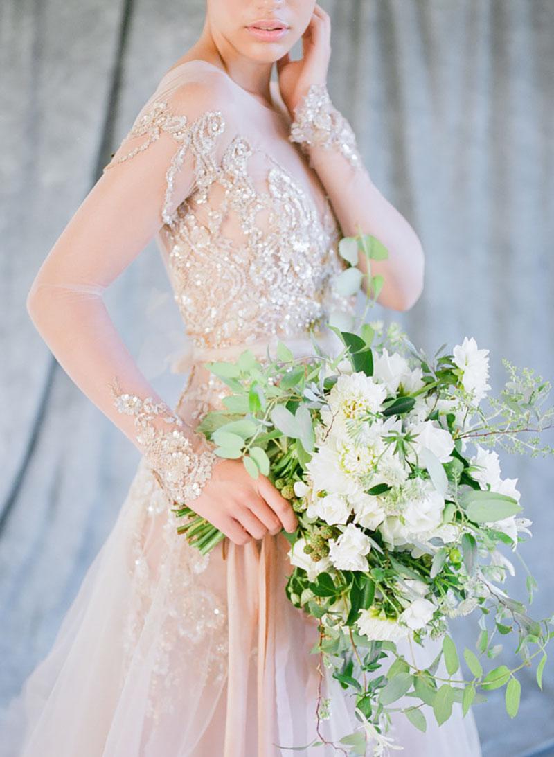 vestido de noiva com cor