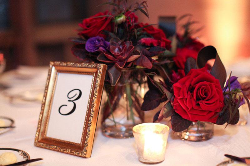 decoração de casamento no Natal vermelho