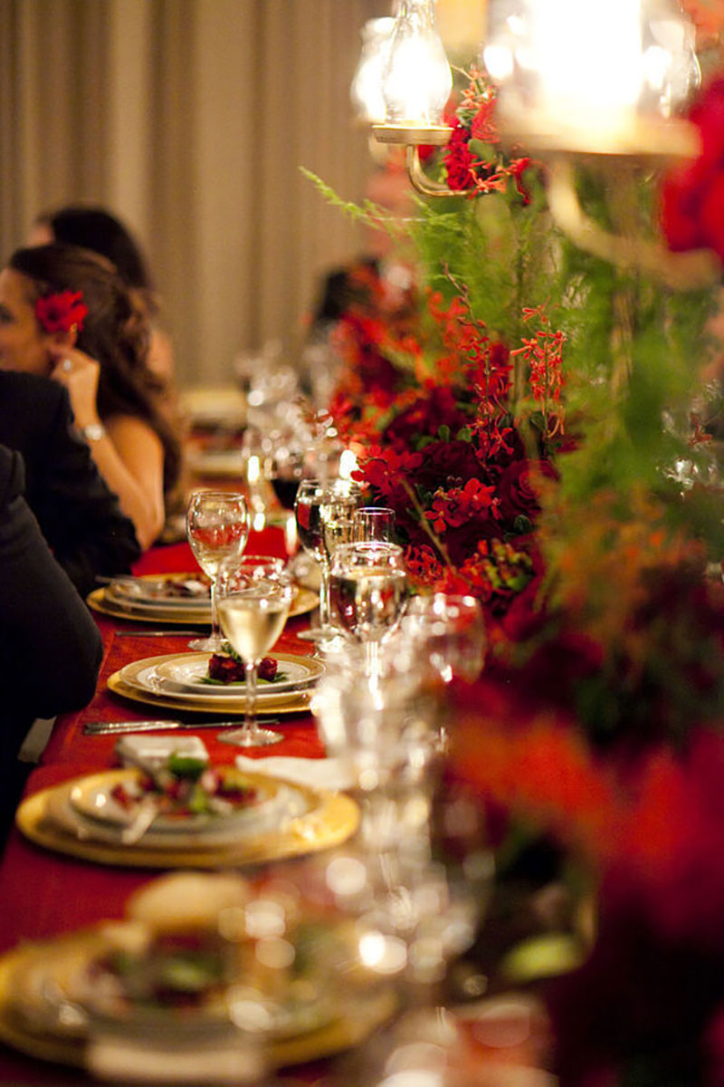 decoração de casamento em vermelho e verde