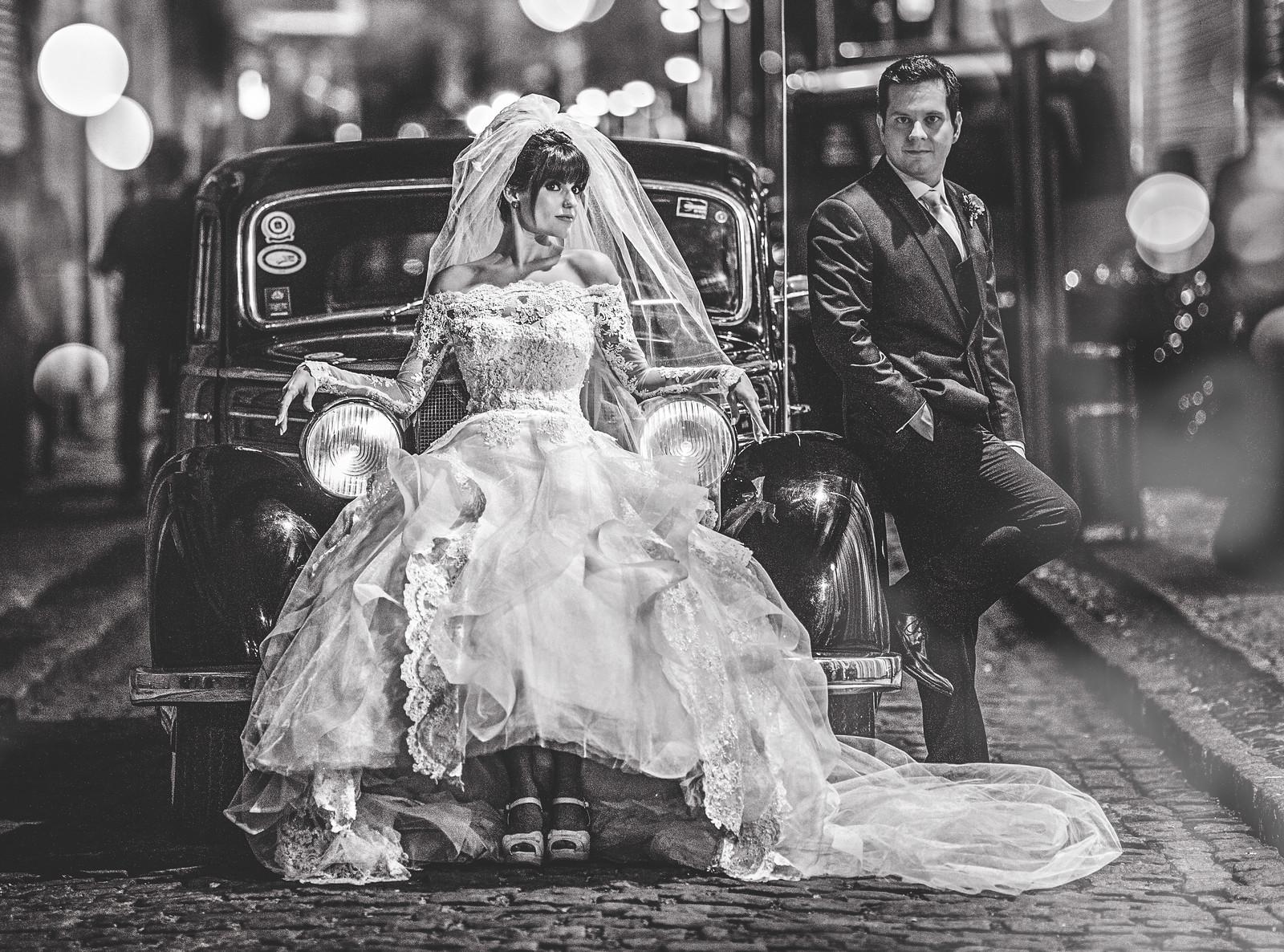Motivos para contratar o serviço de carro para o seu casamento