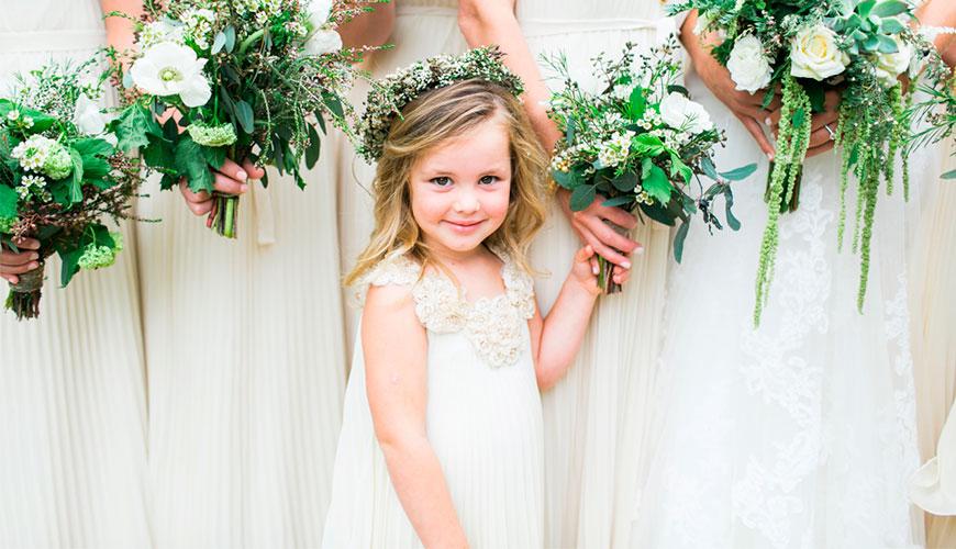 25 vestidos perfeitos para as daminhas de casamento arrasarem