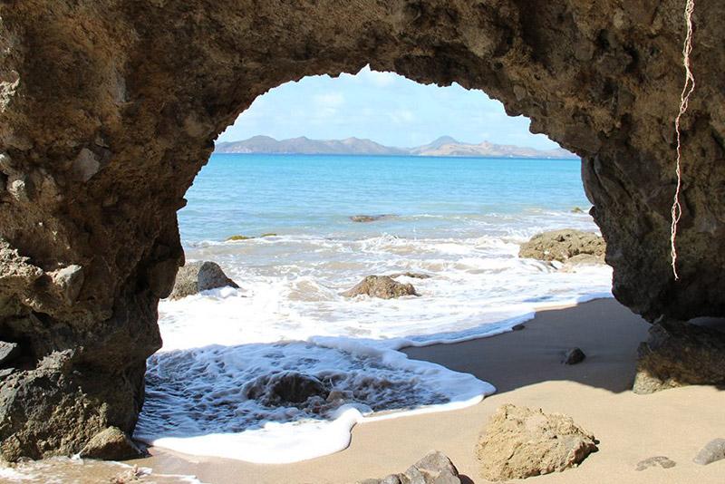 Praia em Nevis