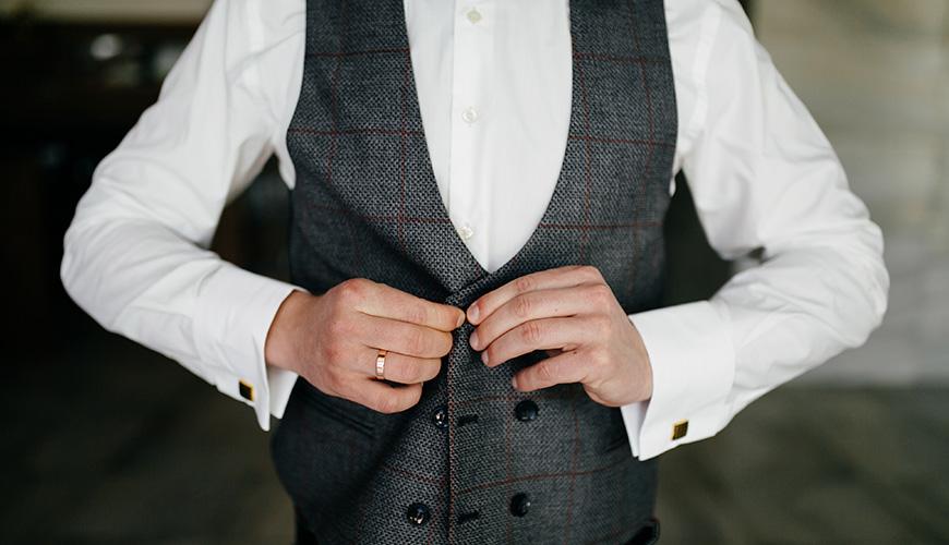Traje do noivo: smoking, terno, costume, fraque ou meio-fraque?