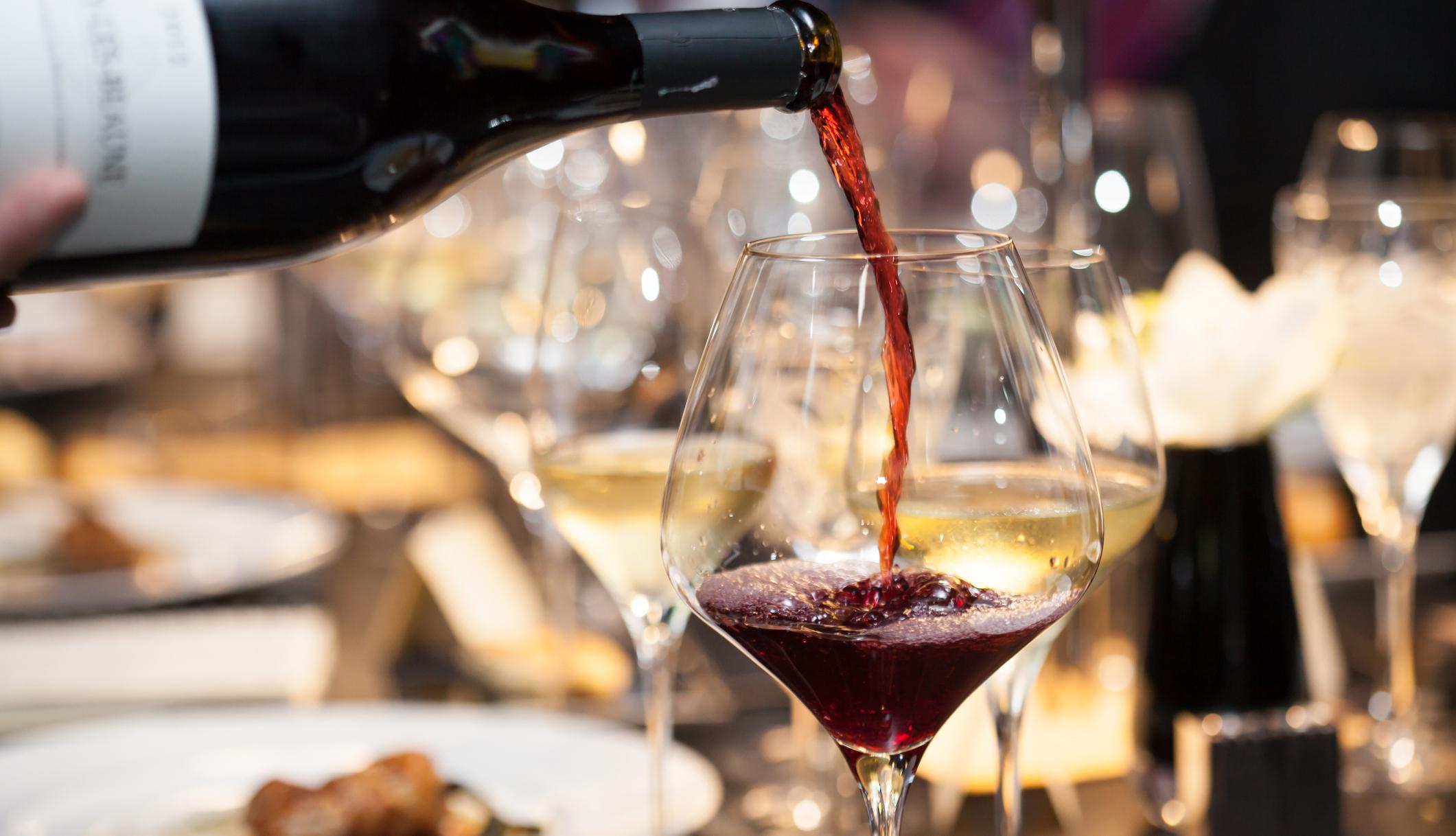 Como escolher os vinhos do casamento