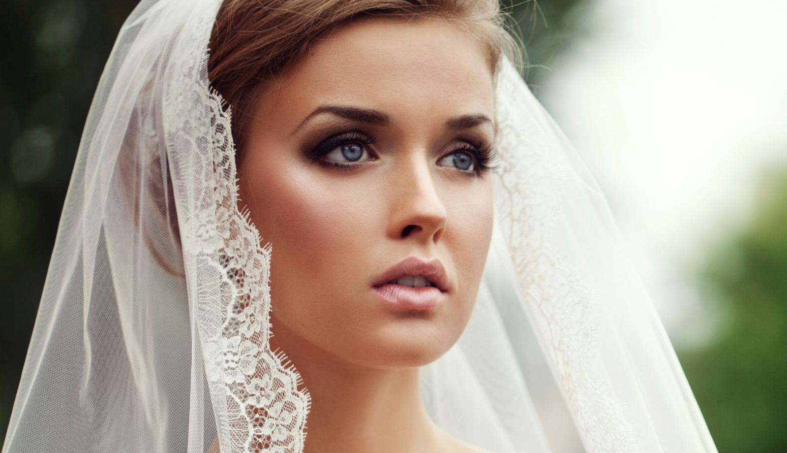 Erros de maquiagem que deixam a noiva com aparência cansada