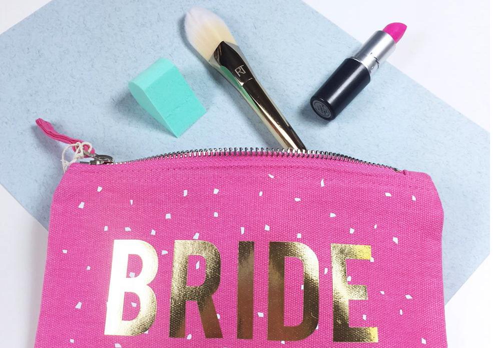 4 produtos que não podem faltar no nécessaire da noiva