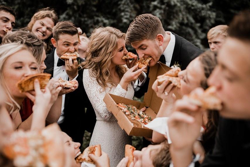 Comidinhas da madrugada: O que servir na pista do casamento