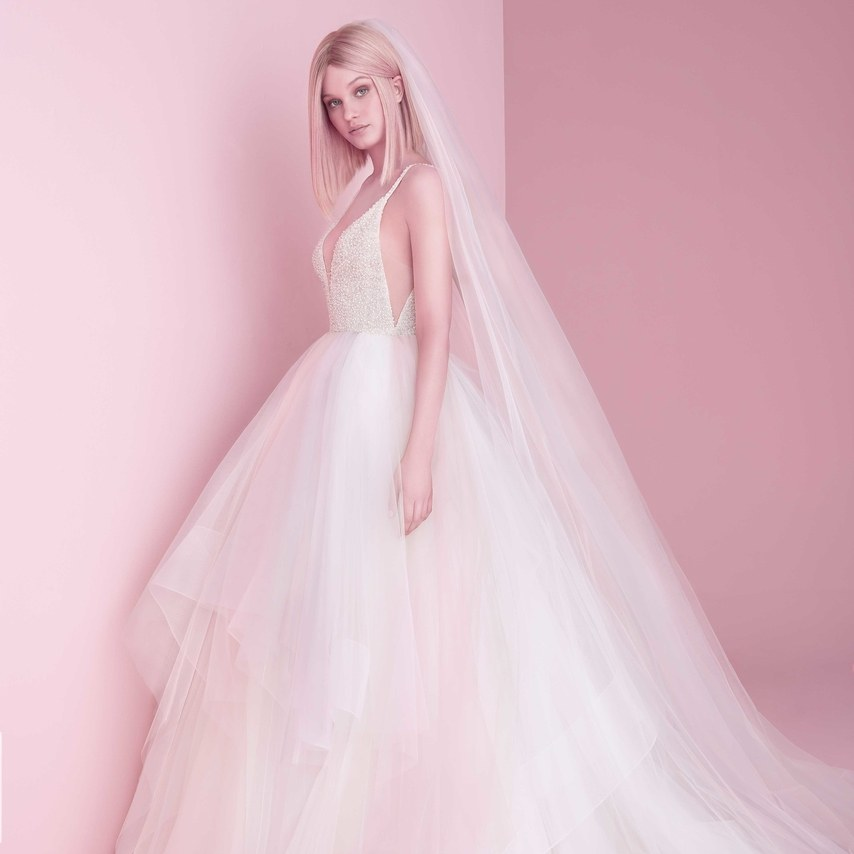 NY Bridal Week: Os vestidos de noiva de Hayley Paige