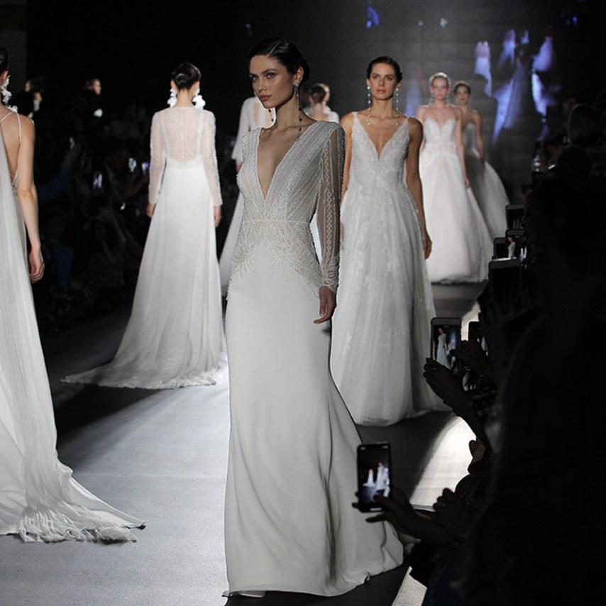 Nova coleção dos vestidos de noiva Rosa Clará