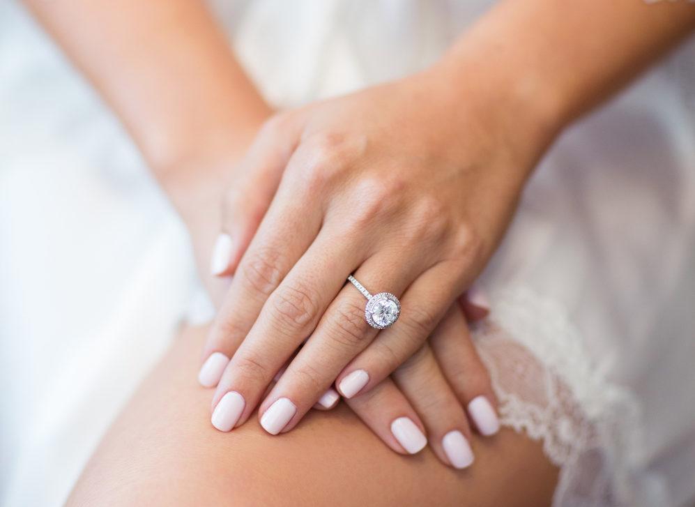 Unha da noiva: Diferença entre porcelana e gel