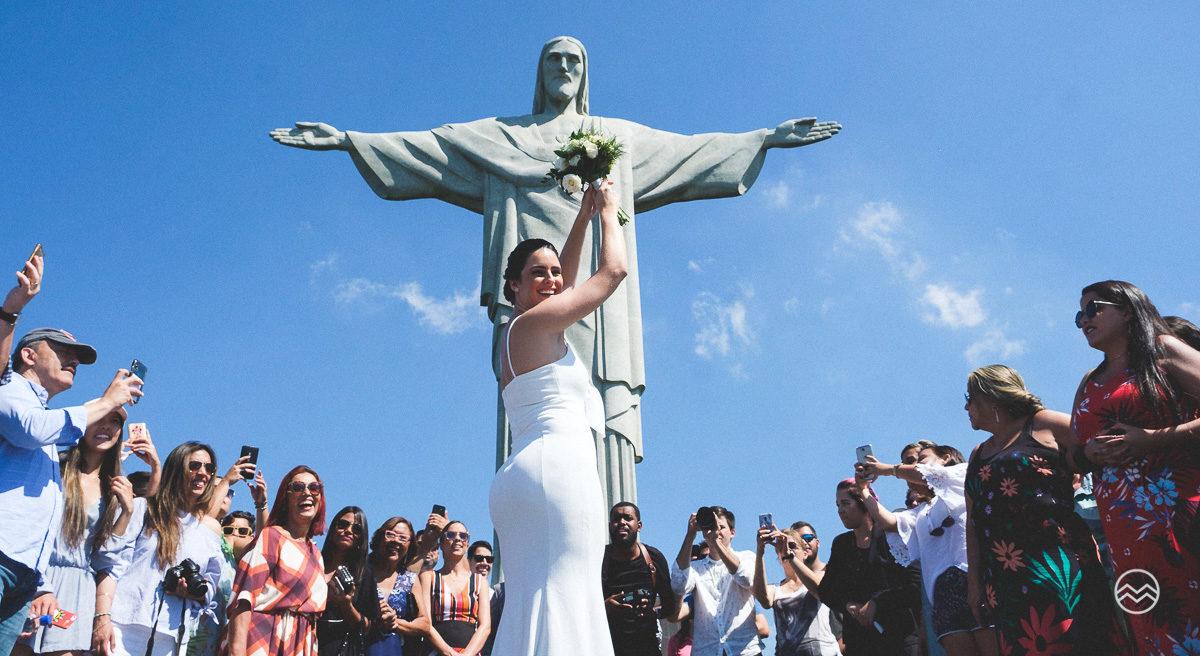 Noiva conta experiência de ter um casamento no Cristo Redentor