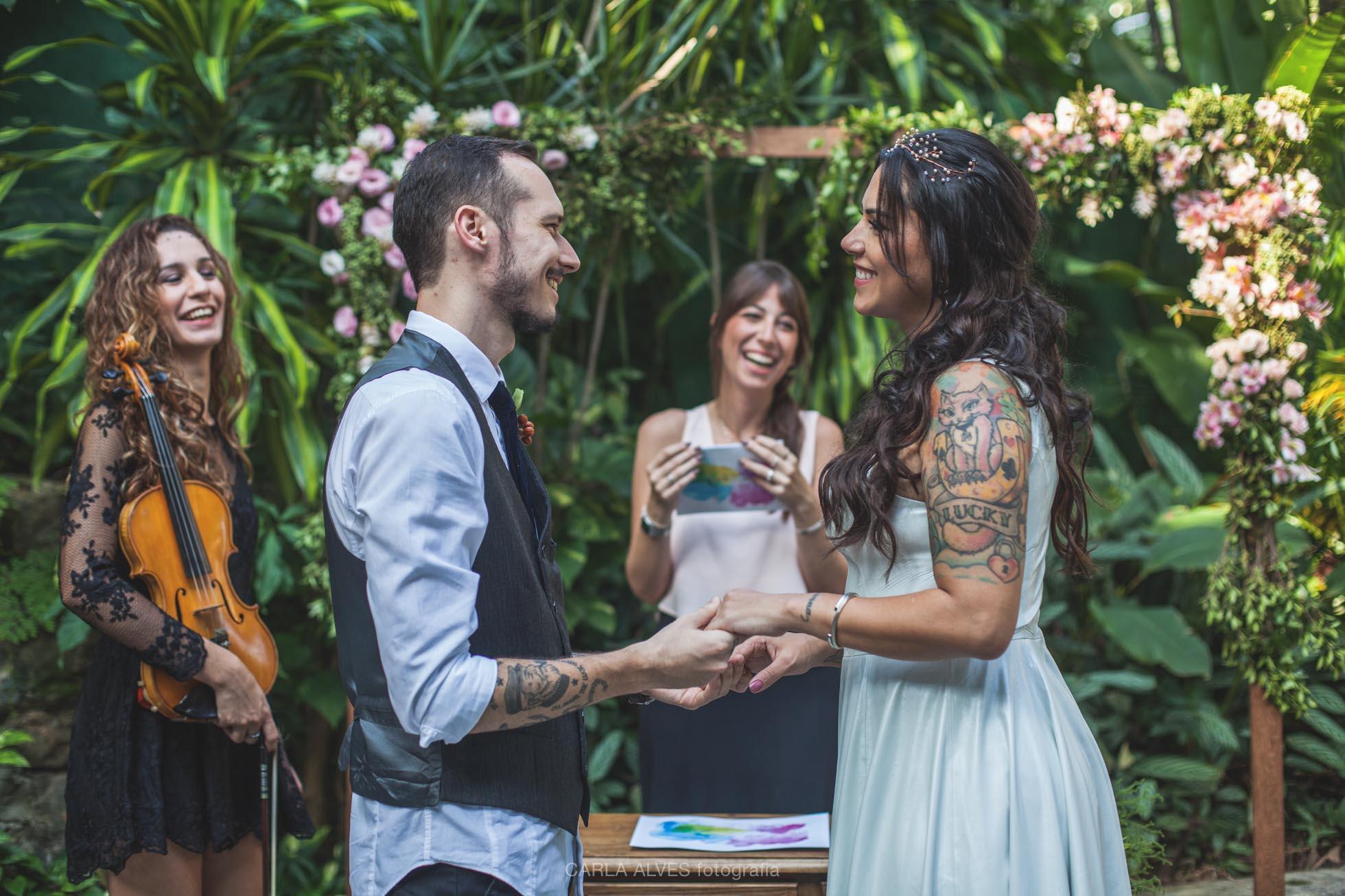 O que faz um celebrante de casamento