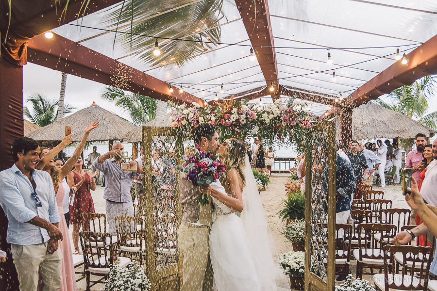 Casamento na Praia dos Carneiros: Beatriz e Diego