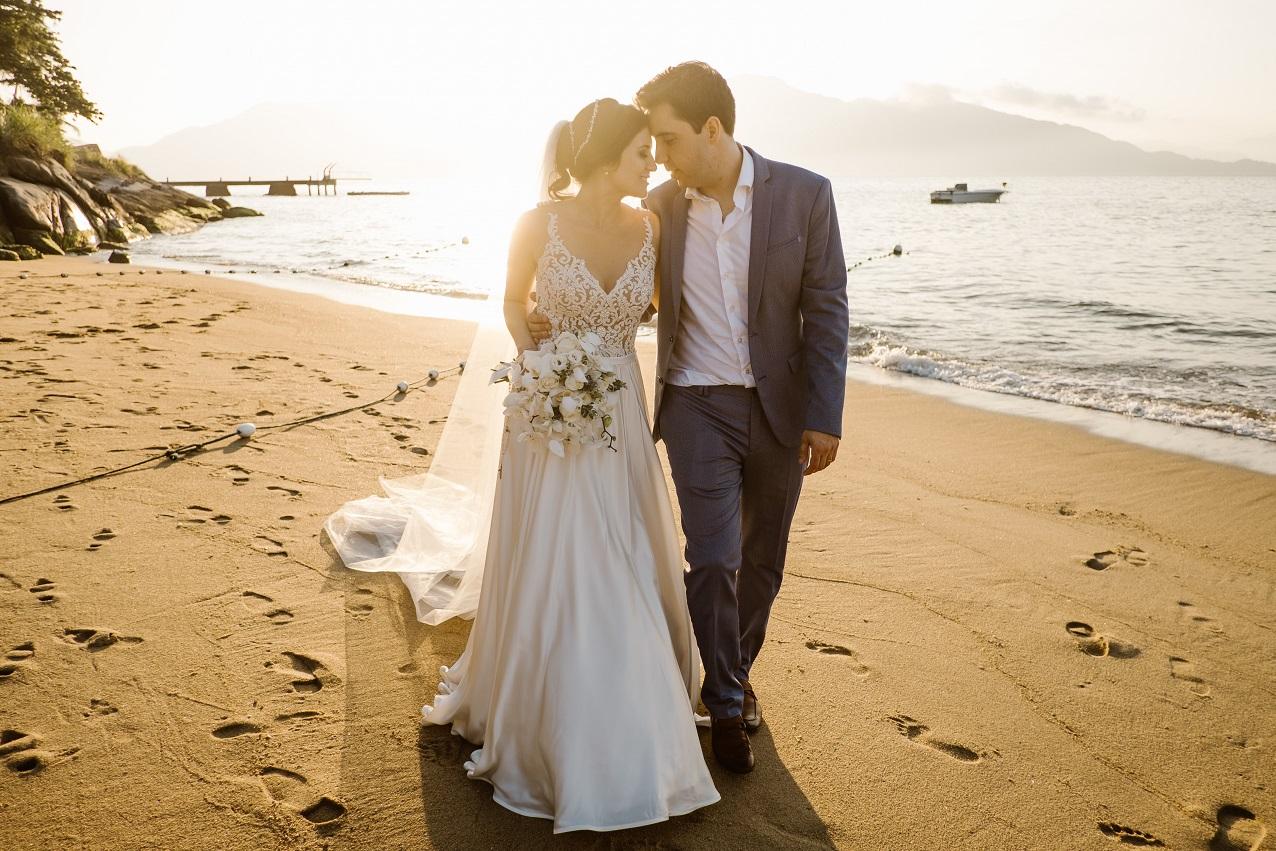Casamento no Vila Salga em Ilhabela: Cristianne e Angelo