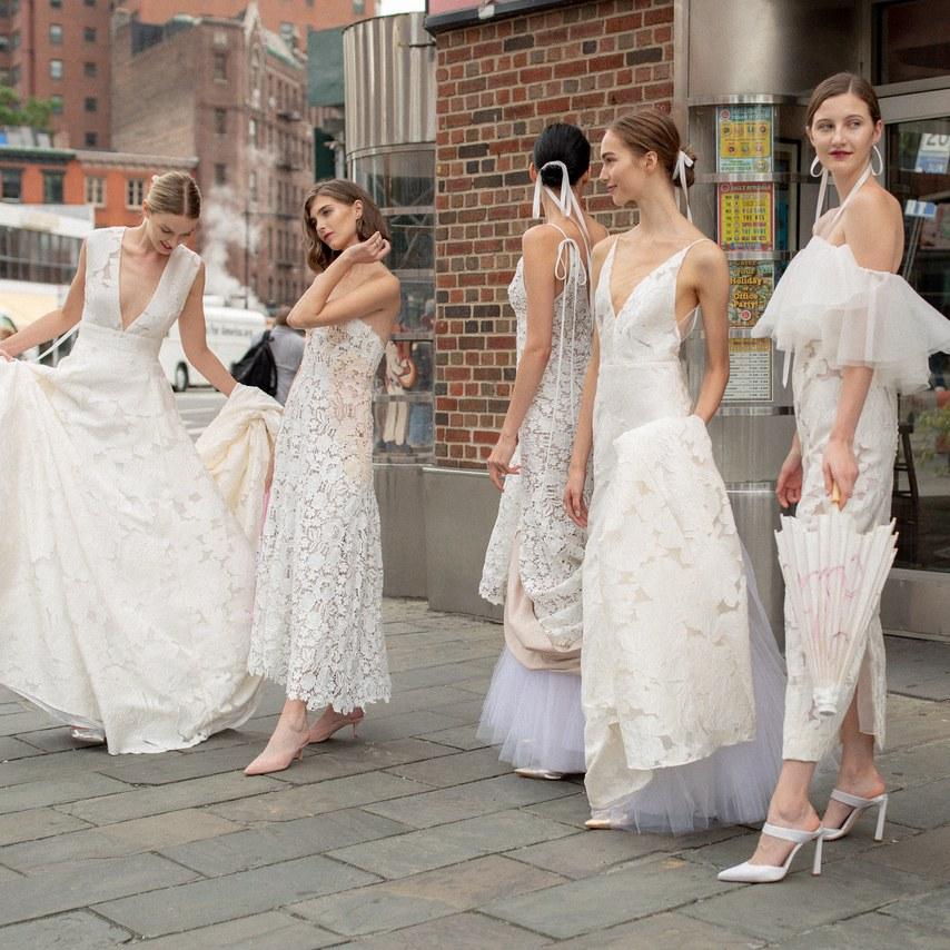 Vestido de noiva: Tendências para 2019 direto das passarelas