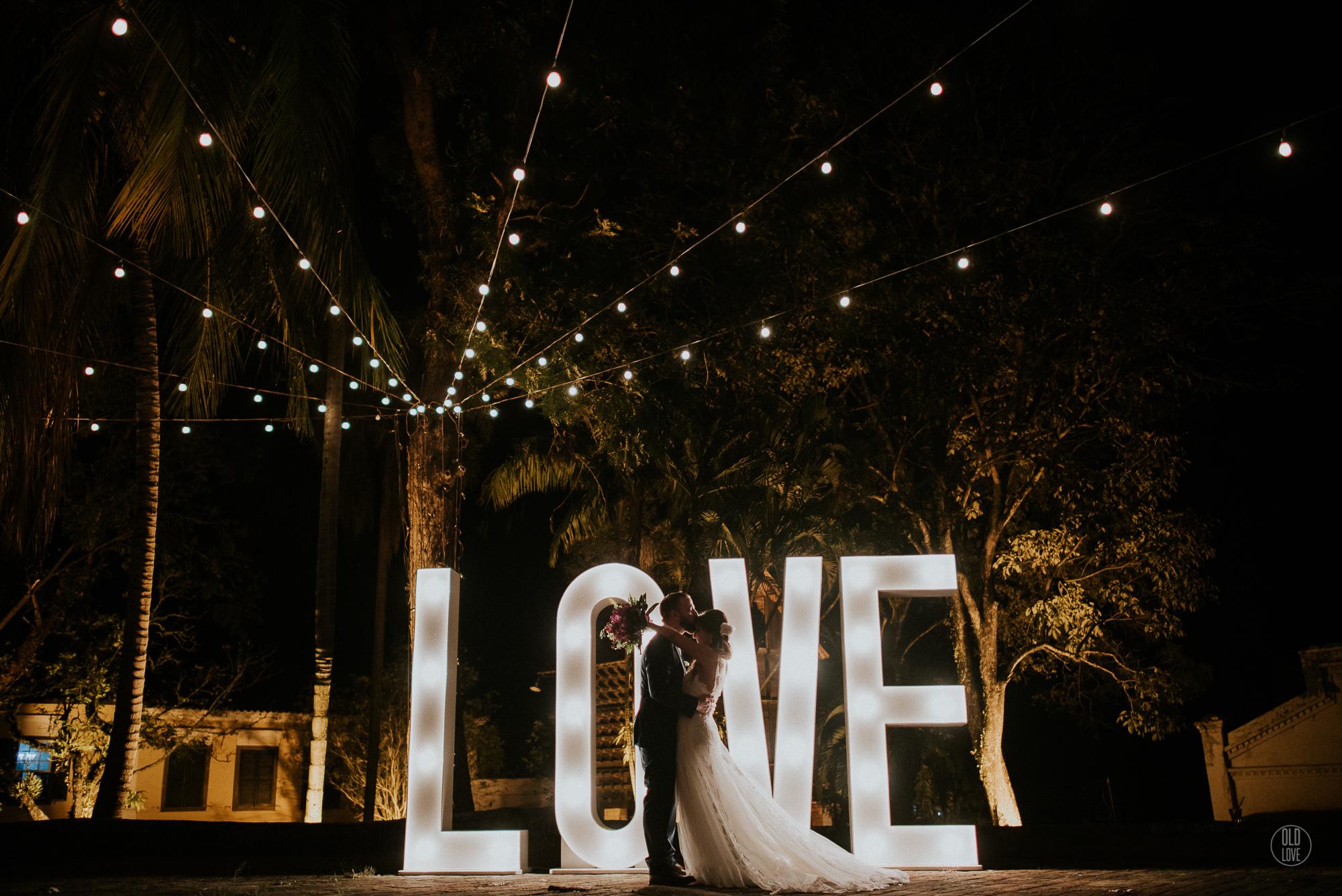 Casar em um feriado: Conheça vantagens e desvantagens