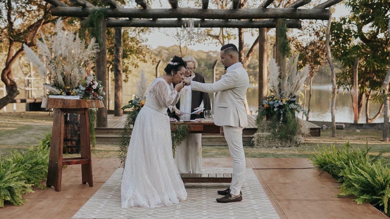 Casamento Real: Como foi o Casamento Online da Luciana e do Jean.