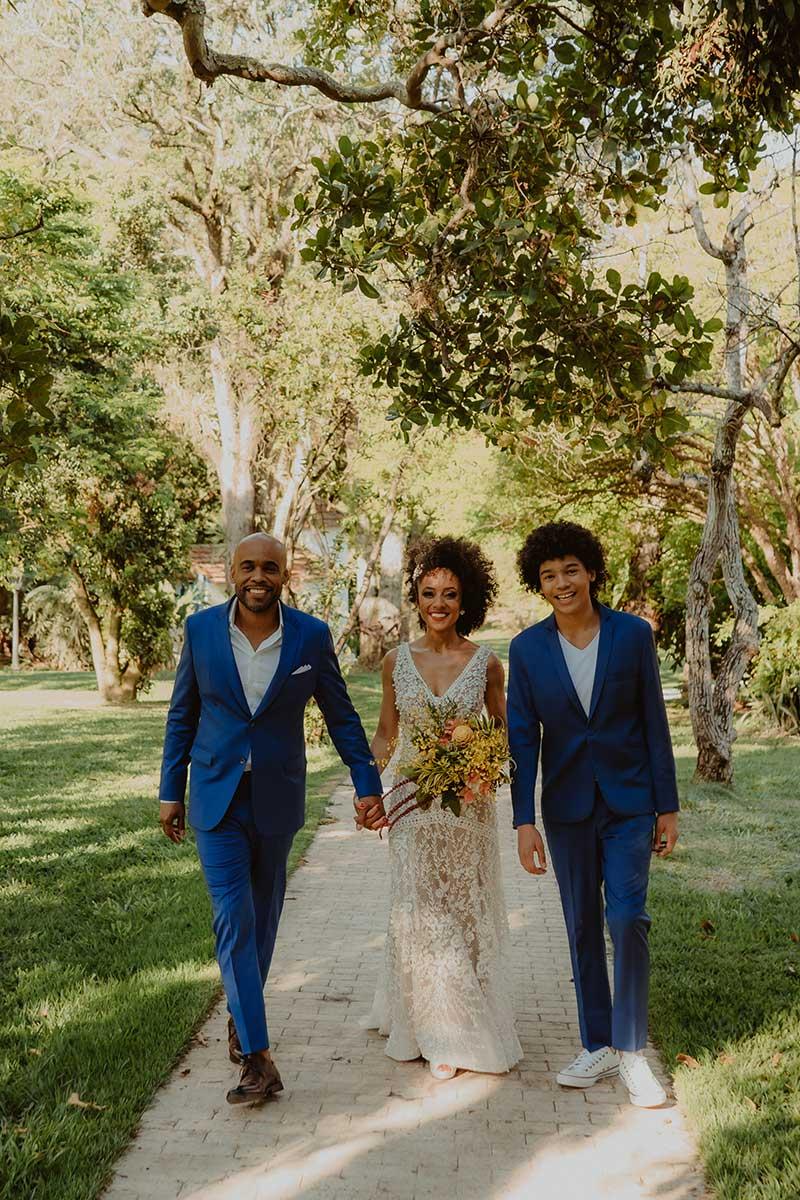 família na celebração de bodas